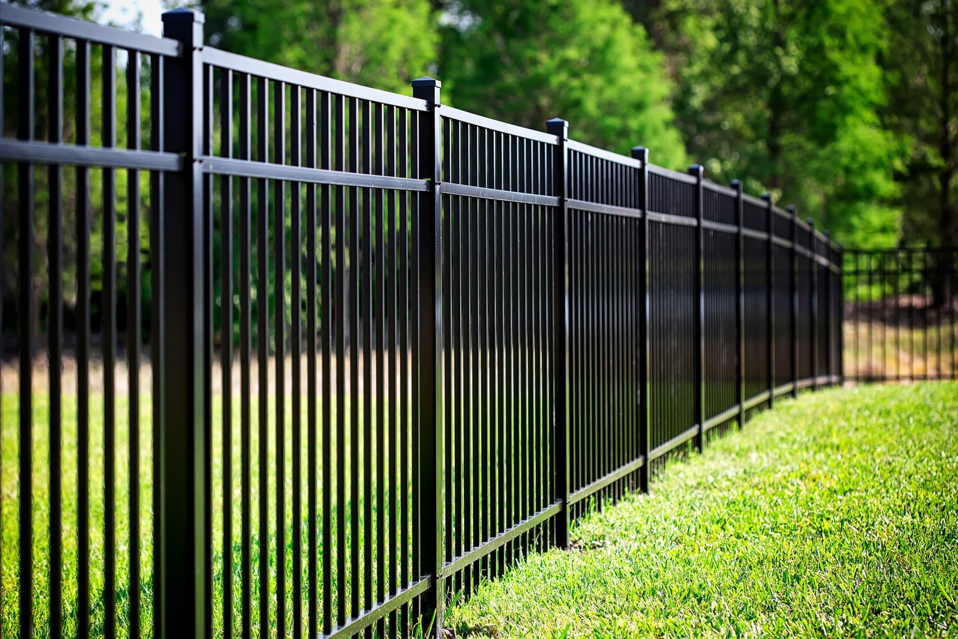 Забор сварной из труб в сочи